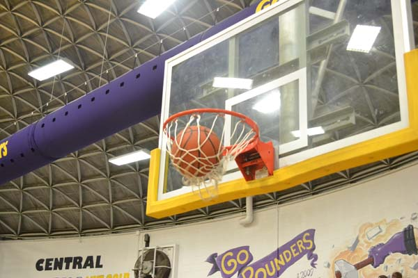 Lady Pounders Have High Hopes for 2015-2016 Basketball Season