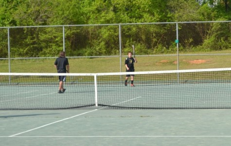 Central Tennis Wins Big Against Van Buren County