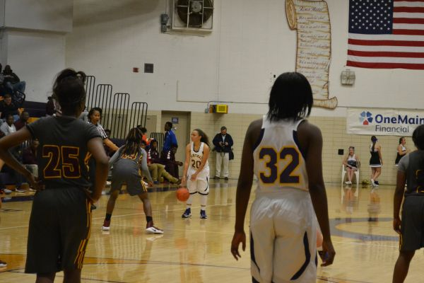 Buzzer Beater by Alivia Smith Clinches Lady Pounder Basketball against Tyner