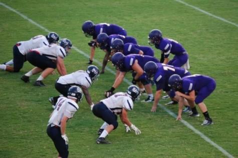 Football: Central Beats Franklin County in Season-Opener, 14-10