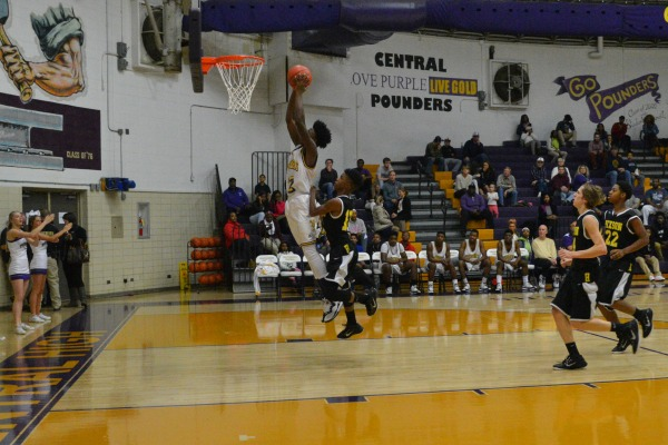 GO HARD OR GO HOME - Tre Tiller dunks beautifully on the Hixson Wildcats.