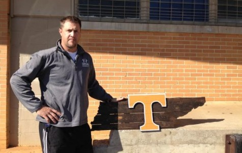 Coach Carter Finds Hobby in Making Sport-Themed Pallet Signs