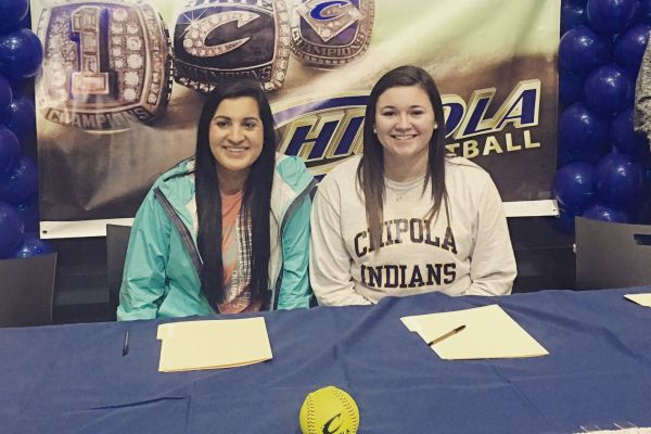 LADY POUNDERS SOFTBALL PLAYERS SIGN TO PLAY AT CHIPOLTA COLLEGE-- Seniors Alexis Grampp and Reagan Benedict