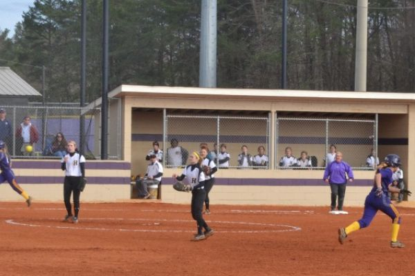 LADY POUNDERS DEFEAT HIXON -- Mid play at the Central and Hixson softball game