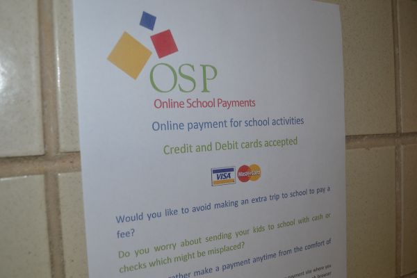 OSP IS THE NEW WAY TO  PAY FEES -- Students now have the option to pay their school fees online.
