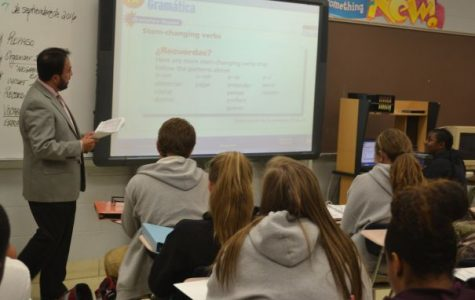 MANY HAMILTON COUNTY TEACHERS ARE CONSIDERED INEFFECTIVE -- Jose Sanchez teaches his Spanish II class the important of foreign language.