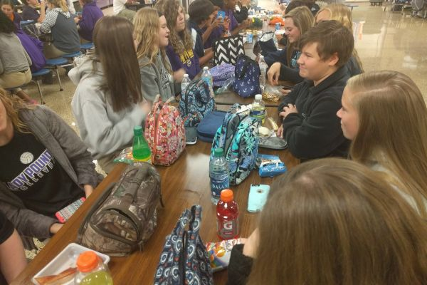 MANY STUDENTS BRING THEIR OWN LUNCH -- Some students at Central High prefer a packed lunch from home, while others buy lunch from the school cafeteria.