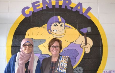 Central Student Zeena Whayeb Wins Local Chapter of DAR Essay Contest
