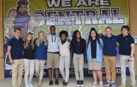 Ten Central Seniors Named to 2017 Mr. and Miss Central Court