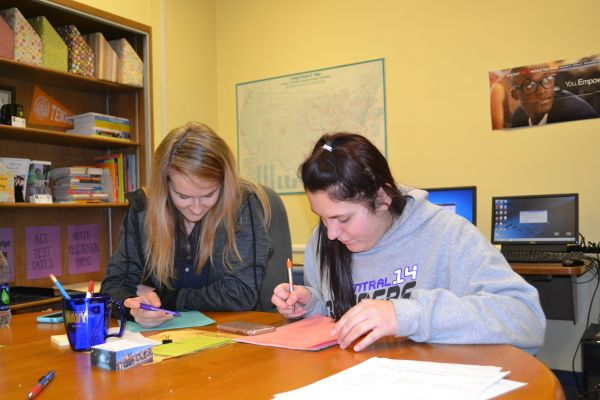 DEADLINES LOOM ON CENTRAL STUDENTS -- Senior students Nikki Green and Hannah Holmberg prepare to meet the upcoming senior deadlines.