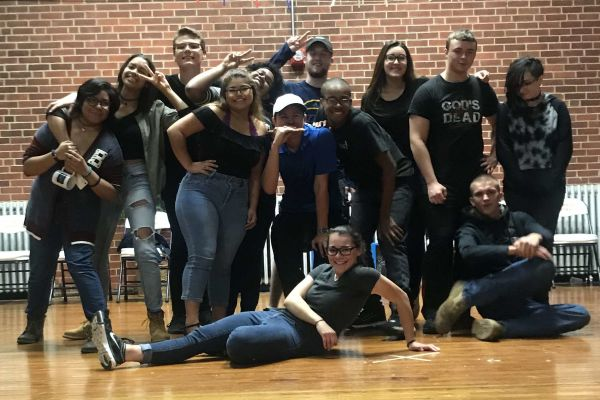 CENTRAL HIGH SCHOOL THEATER PROGRAM PRESENT FIRST PLAY OF THE YEAR -- The cast pose for a group picture after their performance.