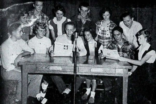 CENTRAL 1952-1953 ANNOUNCERS CLUB -- Gene Goodner, Kenneth Burns, Carrol Norrell, Pat Armstrong, Mary Becker, Charles Cooper, Rita Williams, Jean Hixon, Maureena Reid, Vance Fry, George Grey, and Lesilie Greenburg are members of the club.