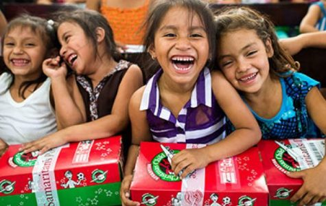 FCA Assembles Shoeboxes for 'Operation Christmas Child'