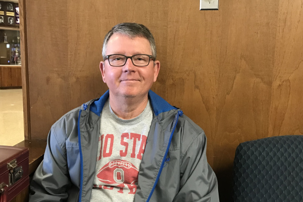 NEW SOFTBALL COACH, RANDY CRAWFORD, PITCHES IN HIS GOALS FOR THE 2018 SEASON -- Randy Crawford hopes to go far this season with the team.