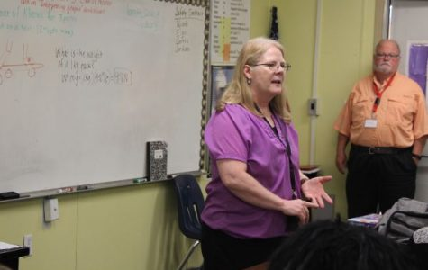 Teacher Spotlight: Central Alumna Leverette ('77) is New Physical World Concepts Teacher