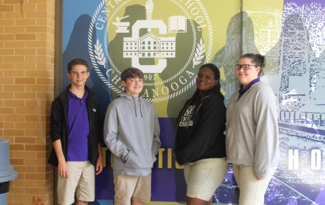 Freshmen Elect Class of 2022 Officers