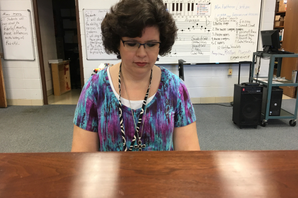 TEACHER SPOTLIGHT: CENTRAL HIGH SCHOOL WELCOMES NEW CHOIR TEACHER MRS. LATHAM -- Mrs. Latham plays a selection of songs for her choir students to sing along with.