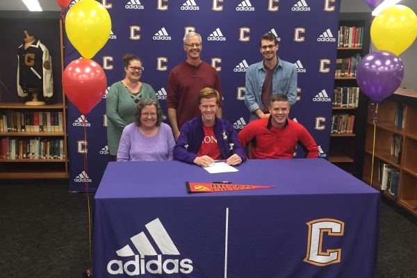 NATHEN VANDER WILT SIGNS TO BRYAN COLLEGE -- Vander Wilt's family and friends support him in his decision to run for Bryan.