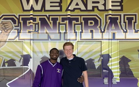 2019 MR. CENTRAL COURT NOMINEES ARE ANNOUNCED -- Two candidates, Michael McGhee and Nathen Vanderwilt, show off their school spirit.