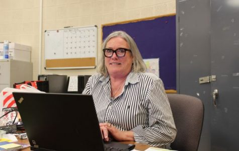 COSTELLO TAKES THE REIGNS OF THE ADVANCED STUDIES PROGRAM - - Pictured above is Laura Costello working in her new office in B-Pod.