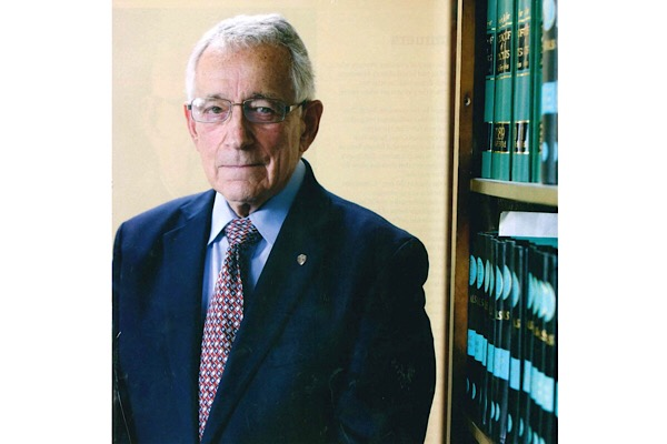 JERRY SUMMERS (CLASS OF '59) REFLECTS ON TIME AT CENTRAL BEFORE HIS 53 YEAR LONG CAREER AS A LAWYER -- Jerry Summers recalls fond memories of Central before he attended university and became a successful lawyer.