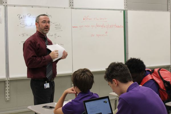 JOHN BRITTINGHAM CONTINUES HIS TEACHING CAREER AT CENTRAL HIGH -- John Brittingham teaches his physical world concepts class.