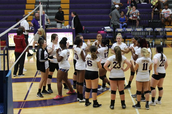 CENTRAL GIRL'S VOLLEYBALL POWERS THROUGH THE REST OF THE SEASON -- The Central girls' volleyball team is getting ready to start their match.