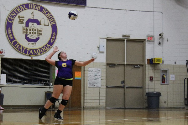 CENTRAL%27S+VOLLEYBALL+SEASON+COMES+TO+AN+END+--+Senior+Olivia+Rawl+serves+the+ball+to+the+opposing+side.