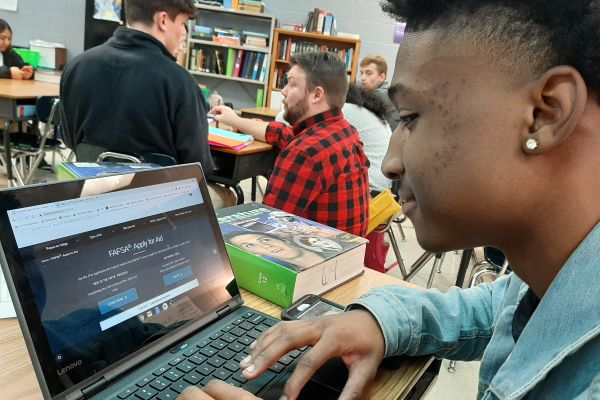 FAFSA: HOW TO FACE THE FORM --Senior Orlando Gearing is logging into his account at fafsa.gov.