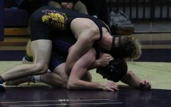Central's Wrestling Takes to the Mats Over Winter Break