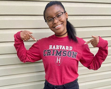 CENTRAL DIGEST EDITOR-IN-CHIEF DAYONNA CARSON IS HARVARD BOUND -- Editor-in-Chief DayOnna Carson has decided to attend Harvard University starting this fall.