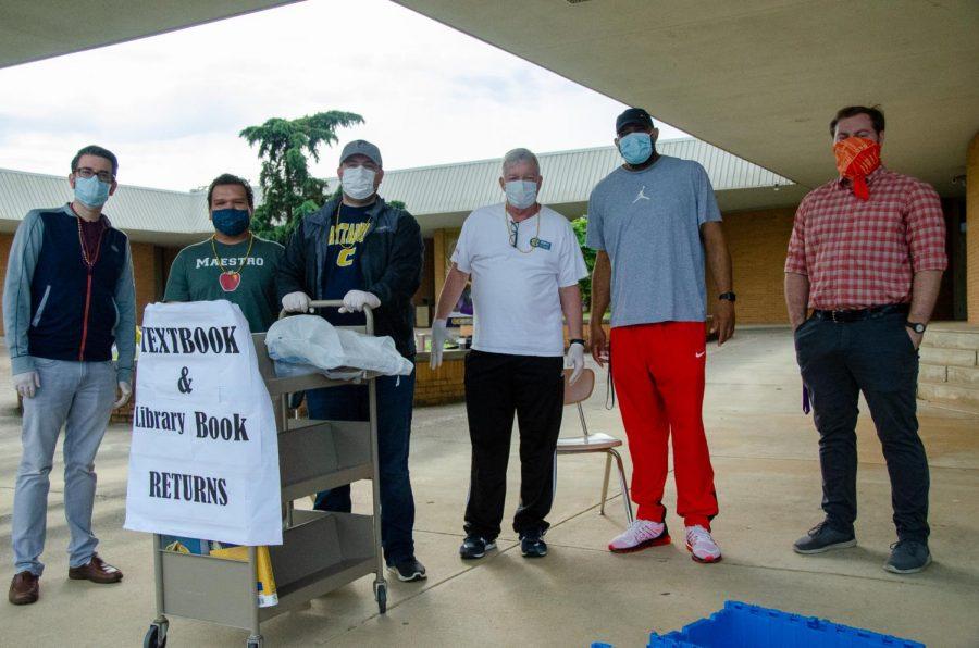 Central's Academic Awards Day Returns Despite Pandemic