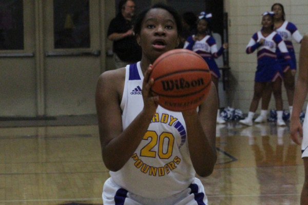 CENTRAL GIRLS' BASKETBALL RETURNS FOR 2020-2021 SEASON --Rayne Glover takes a free throw.