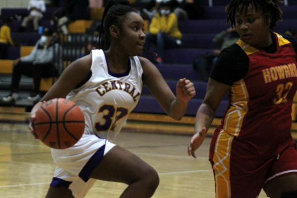 Central's Lady Pounders Basketball Wraps Up Season; Sophomore Ja'kiyah Robinson Named 6-AA All District