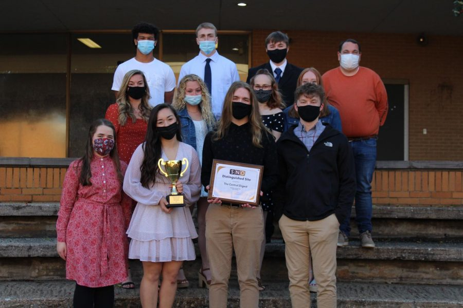 DIGEST NAMED NATIONAL WEBSITE OF DISTINCTION -- The Central Digest staff pictured with their awards. Blake Catlett, a 4-year staff member, is holding the plaque in front.