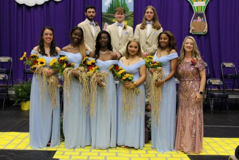 PHOTO GALLERY: 2021 SENIOR DAY -- Mr. and Miss Central courts celebrate with class dedicatory, Brielle Farrow.
