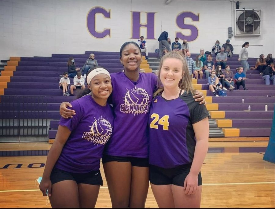 CARMEN CRABTREE NAMED CENTRAL'S FCA ATHLETE OF THE YEAR -- Kameron Hammons, Taniya Crowder, and Carmen Crabtree (left to right) pictured after a victory during the 2020 volleyball season.
