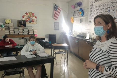 SEVEN STUDENTS PASS CHALLENGING AP BIOLOGY EXAM, EARN COLLEGE CREDIT -- Cotreau teaching her fifth period class.